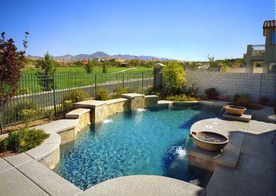 Modern pool designer in Arcadia